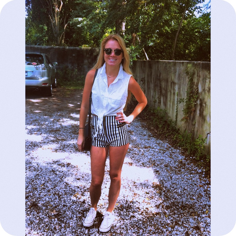 #straightupshorts #stripes #zippers #nastygal #croptop #brandymellville #alexandani #raybans #clubmaster #converse #sunday #brunch #toast #ootd