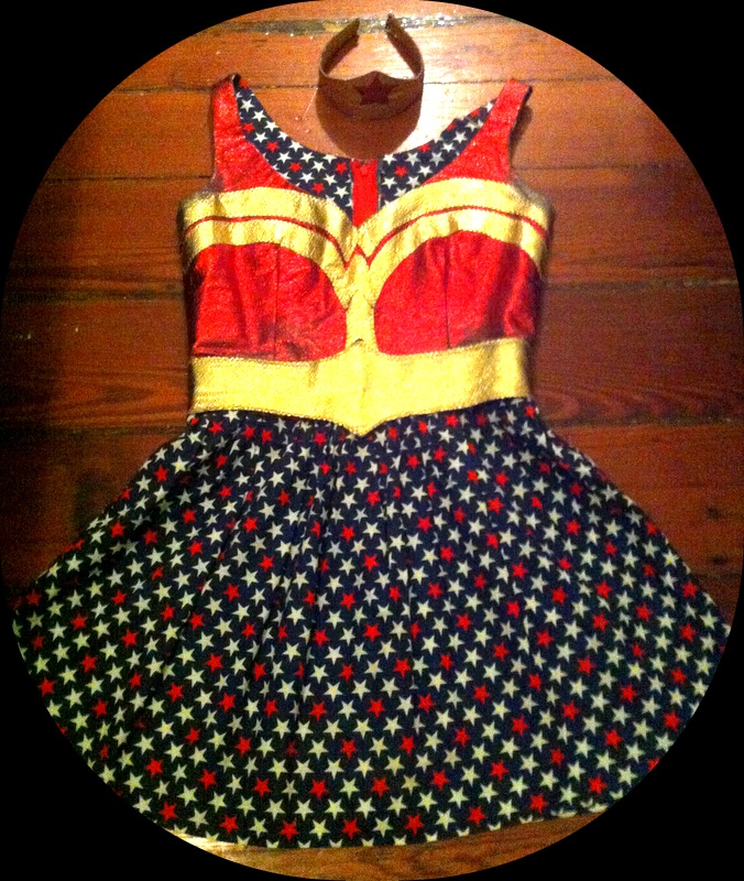 #wonderwoman #crown #dress #sweetheartline #red #white #blue #halloween