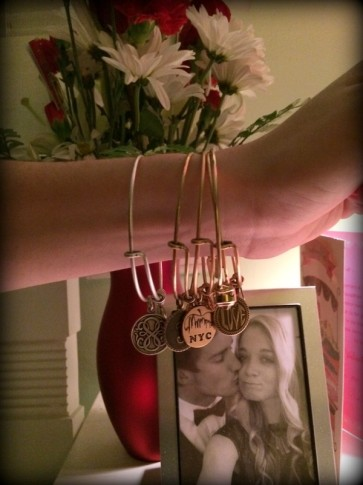 #alexandani #positiveenergy #love #nyc #pathoflife #sacredstud #initial