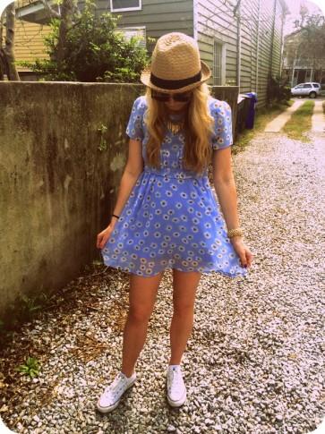 #daisies #fedora #converse